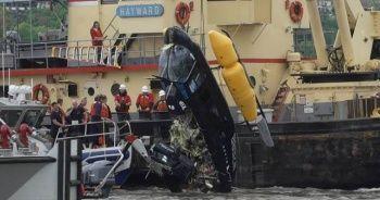 ABD'de helikopter Hudson Nehri'ne düştü
