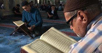 Camilerde mukabele geleneği, aralıksız devam ediyor
