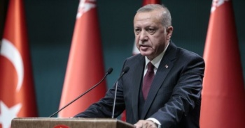 Cumhurbaşkanı Erdoğan, AK Parti İstanbul İl Başkanlığı'na geldi