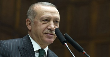 Cumhurbaşkanı Erdoğan AK Parti İstanbul İl Başkanlığına geldi