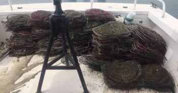 Eğirdir Gölü'nde kaçak avcılık denetimi: 150 metre ağ ve 300 kerevit sepeti ele geçirildi