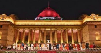 Hindistan Başbakanı Modi yemin ederek göreve başladı