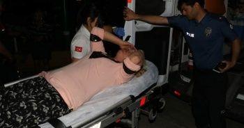 Kimliği belirlenemeyen saldırgan sokak ortasında 2 kadını yaraladı