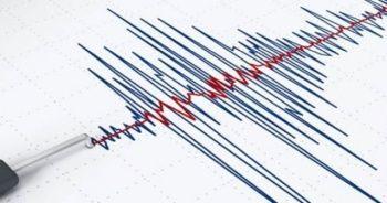 Soma'da deprem oldu