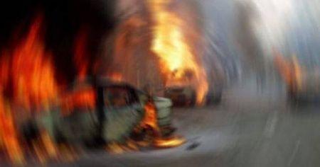 Afganistan'da bomba yüklü araçla saldırı: 10 yaralı