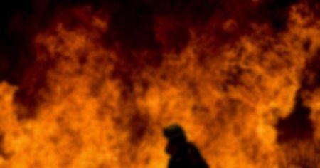 Hindistan'da feci yangın: 16 ölü