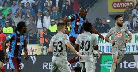 Karadeniz derbisinde Trabzonspor 3 puanı 3 golle aldı