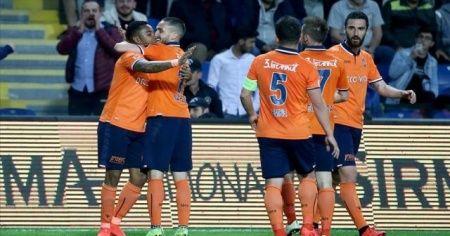 Medipol Başakşehir'in şampiyonluk hedefi bu yıl da tutmadı