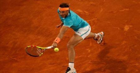 Nadal, Fransa 'toprak'larında tarihe geçmek istiyor
