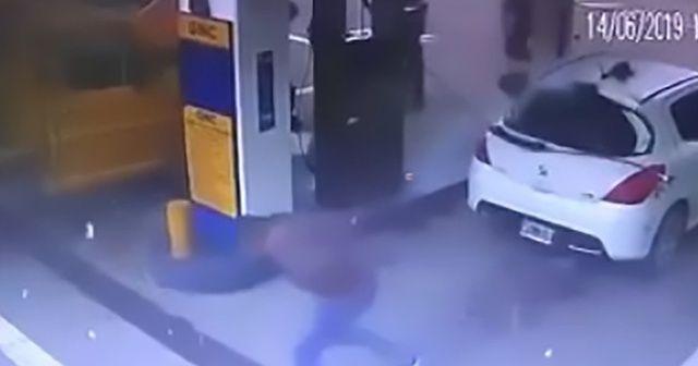 Akaryakıt istasyonunda garip patlama: Kokain havaya saçıldı