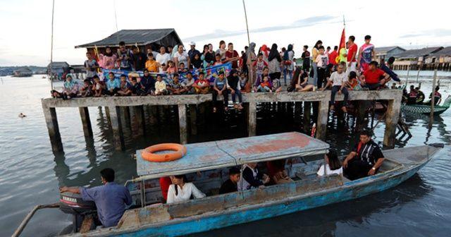 Endonezya'da tekne battı