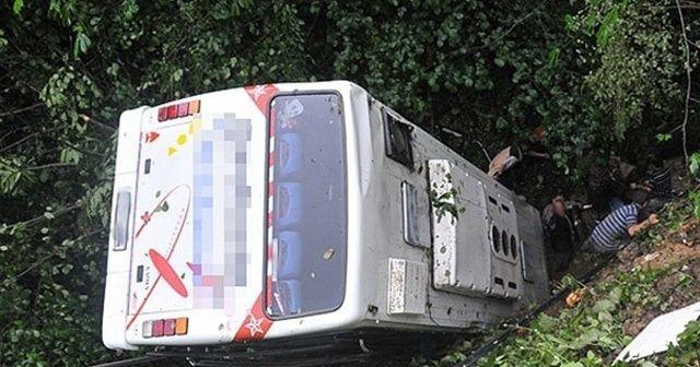 Hindistan'da korkunç trafik kazası: 11 ölü, 25 yaralı