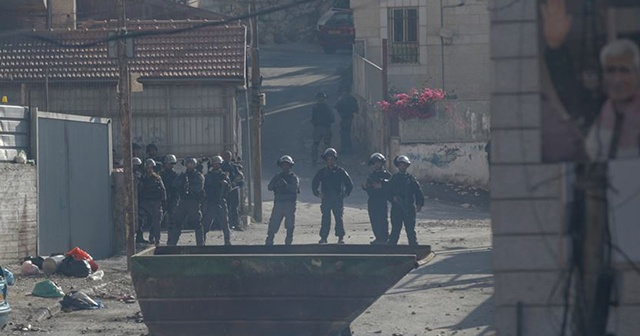 İsrail güçleri Kudüs'te 15 Filistinliyi yaraladı