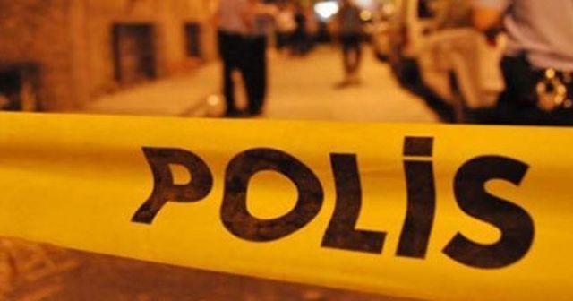 İstanbul'da lüks araca silahlı saldırı