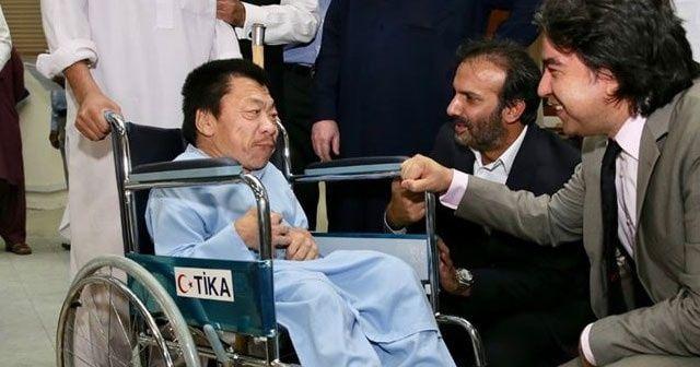TİKA'dan Pakistanlı ihtiyaç sahiplerine 200 tekerlekli sandalye yardımında bulundu