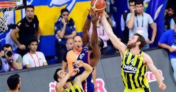 Anadolu Efes deplasmanda Fenerbahçe Beko'yu yenerek seride 2-1 öne geçti