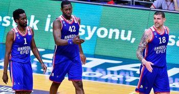 Anadolu Efes final serisinde avantaj kazandı