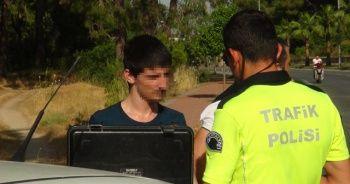 Ehliyetsiz sürücü kovalamaca sonucu yakalandı