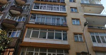 Güngören'de yıkılma tehlikesi bulunan 5 katlı bina boşaltıldı