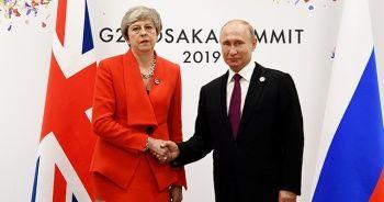 İngiltere Başbakanı May, Putin'i uyardı