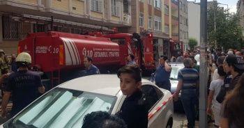 Küçükçekmece'de yangın paniği, mahalleli sokağa döküldü