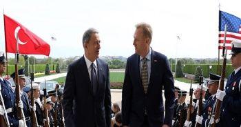 Millî Savunma Bakanı Hulusi Akar, ABD Savunma Bakan Vekili ile görüştü
