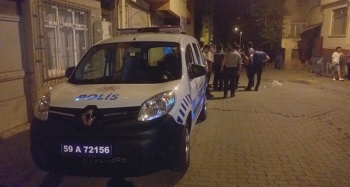 Psikolojik rahatszılığı olan kişi 1'polis 3 kişiyi yaraladı 1 kişiyi öldürdü