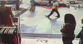 İstanbul'da sinir krizi geçiren kadın otomobilini parçaladı