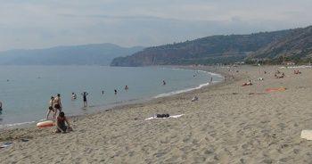 Suriyelilerin plaja alınmaması kararına veto