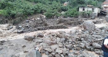 Trabzon'un Araklı ilçesinde HES borusu patladı: 1 ölü, 3 kayıp