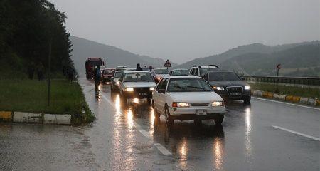 Bolu'da selden kapanan D-100 karayolu ulaşıma açıldı