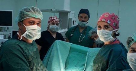 Kalın bağırsağının yüzde 70'inin göğüs kafesinde olduğu ortaya çıktı