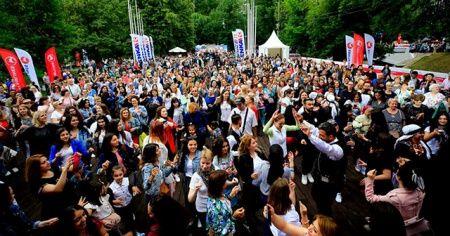 Rusya'da Türkiye Festivali'ne yoğun ilgi