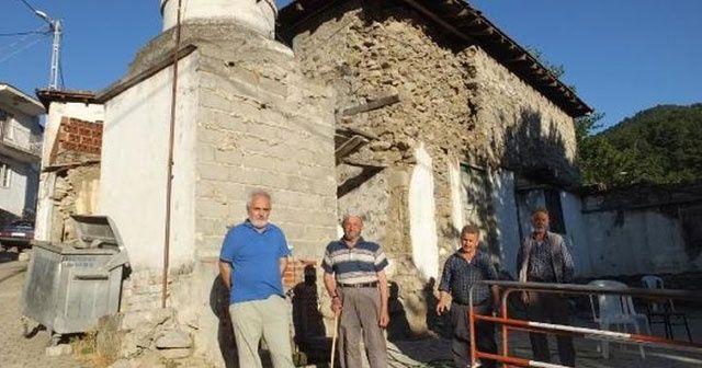 28 yıldır kullanılmayan cami için tedirgin bekleyiş