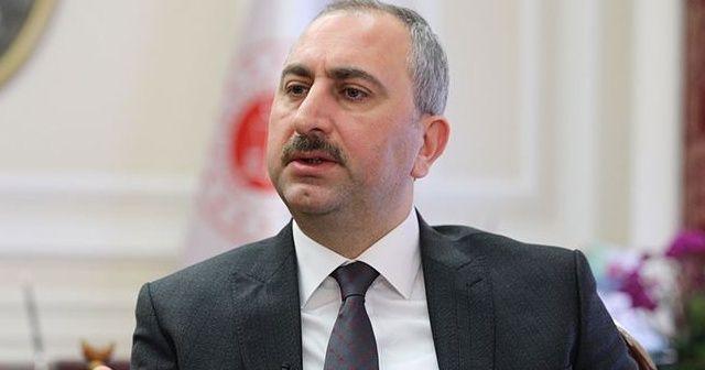Adalet Bakanı Gül: Hamile kadının bulunduğu araca saldırıyı hiçbir vicdan kabul edemez