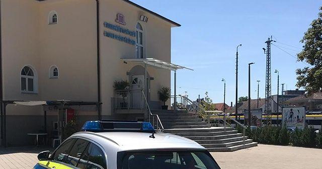 Almanya'da camiye bomba ihbarı asılsız çıktı!