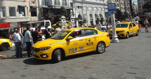 Aracı men edilen taksiciden polise tepki