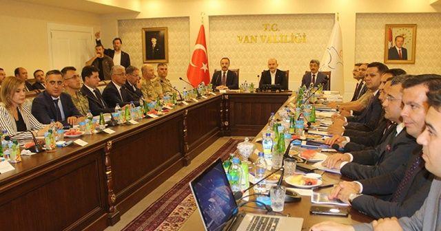 Bakan Soylu, güvenlik toplantısına katıldı