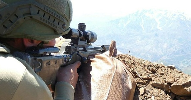Bingöl'de PKK'lı teröristlere ait sığınak imha edildi