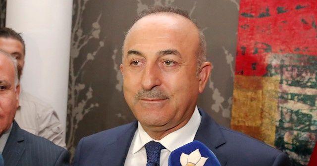 Çavuşoğlu'ndan Yunan mevkidaşına tebrik