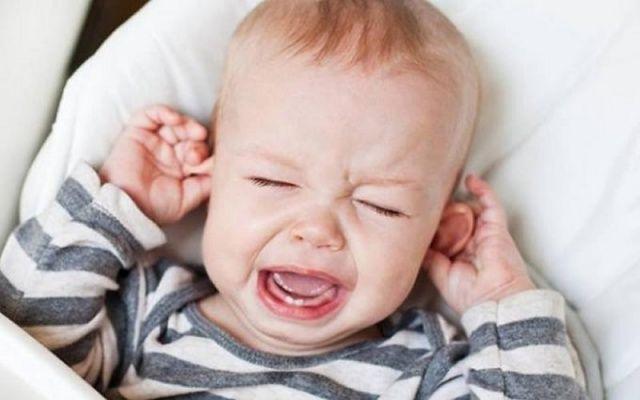 Çocuklarda Kulak Ağrısına Ne İyi Gelir? / Çocuklarda Kulak Ağrısı Nasıl Giderilir? / Kulak Ağrısı İçin Evde Bitkisel Yöntemler