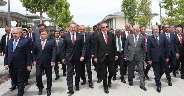 Cumhurbaşkanı Erdoğan, 15 Temmuz özel oturumu izlemek üzere TBMM'de