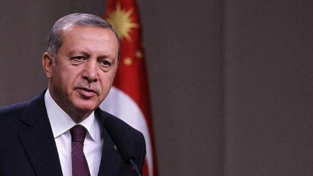 Cumhurbaşkanı Erdoğan'dan Çengelköy'de esnaf ziyareti