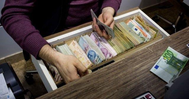 Dolar ve Euro'da ivme aşağı doğru