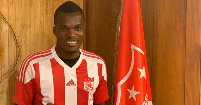Isaac Cofie Demir Grup Sivasspor'da
