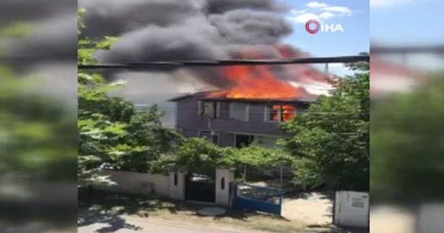 İstanbul Silivri'de ev yangını!