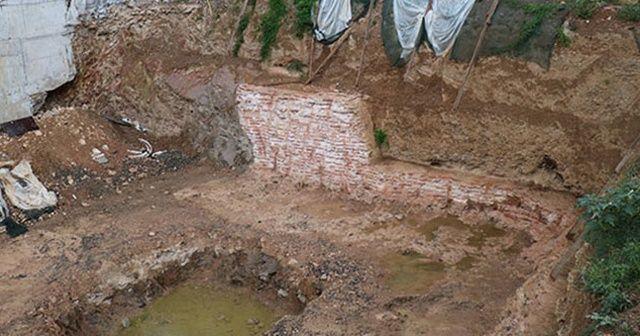 Kadıköy'de inşaat kazısı sırasında bulundu; inşaattaki çalışmalar durduruldu