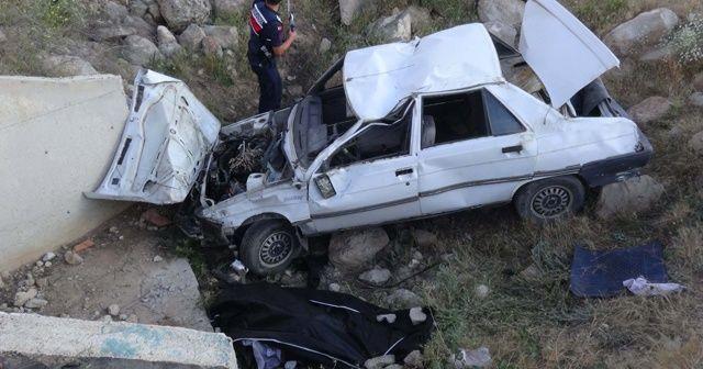 Otomobil 6 metrelik menfeze uçtu: 1 ölü