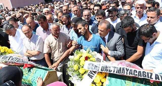 PKK'nın bombası ile ölen çocuklar son yolculuğuna uğurlandı
