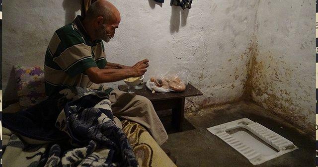Tuvalette yaşayan adam sıcak yuvasına kavuştu